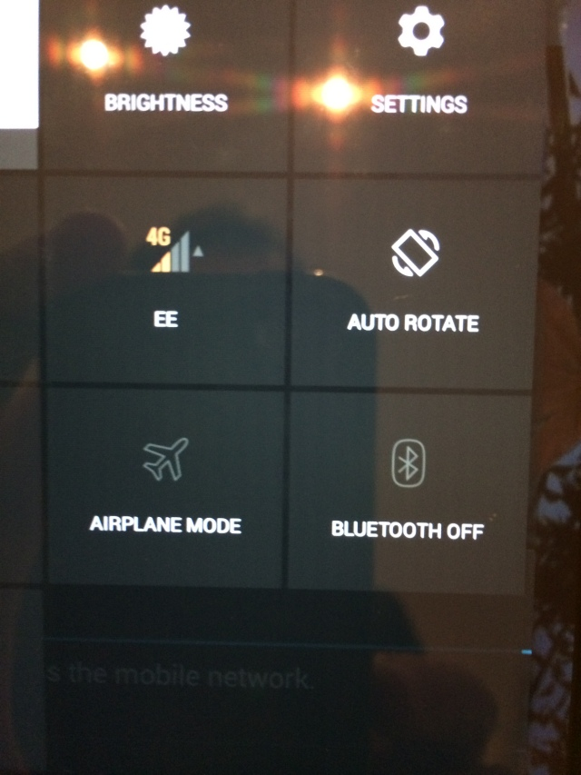 Houston, we have 4G!  EE UK SIM dropped into Nexus 7